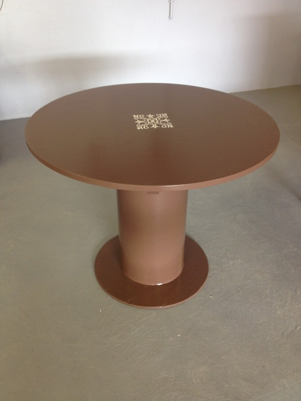 2014-10-TAB-01 Table ronde chocolat